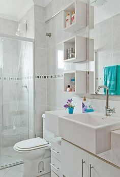 como-organizar-o-banheiro-nichos. como-organizar-o-banheiro-potes-de-vidro. dicas para organizar banheiro. decoração banheiro. dicas praticas banheiro.