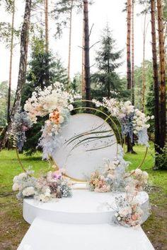 Outdoor Wedding Backdrops, Wedding Backdrop Design, Wedding Stage Design, Wedding Hall Decorations, Wedding Reception Backdrop, Wedding Designs, September Wedding Colors, Flower Installation, Garden Party Wedding