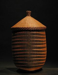 Africa | Antique Tutsi basket.  Post 1960.