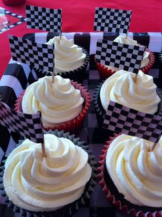 Roary the racing car party and cake by joey+3 Cotton Candy Cakes, via Flickr