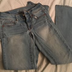 Simple light wash jeans Light wash jeans from American eagle in a boot cut style. Very sturdy and in great condition. American Eagle Outfitters Jeans Boot Cut