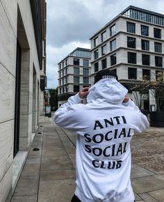 Anti Social Social Club, Yeezy 500, New Mens Fashion, Fashion Essentials, Streetwear Fashion, Streetwear Brands, Bape, Colorful Fashion, Look Cool