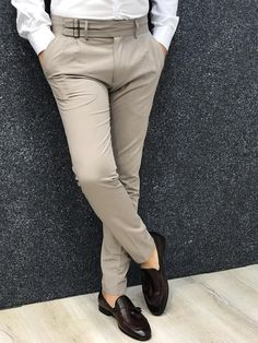 Fabros Beige Slim Fit Pants - Men Dress Pants - Ideas of Men Dress Pants Nigerian Men Fashion, Indian Men Fashion, Mens Fashion Wear, Fashion Pants, Formal Dresses For Men, Formal Men Outfit, Casual Wear For Men, Slim Fit Dress Pants, Men Dress