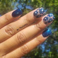 #nails #acrylicnails #gelpolish #montanezari  #flowernails