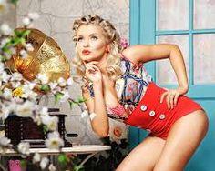 scarlett johansson pin up Pin Up, Creative Photos, Scarlett Johansson, Photo Poses, Female Models, Bikinis, Swimwear, Photoshoot, Portrait