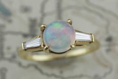 Gorgeous Vintage 18k Yellow Gold Jelly Opal & Diamond Engagement Ring Size 4.75 in Gemstone | eBay