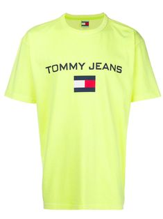 962caa2e TOMMY JEANS PRINT LOGO T. #tommyjeans #cloth #