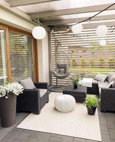 Front Yard Garden Design, Backyard Patio Designs, Small Backyard Landscaping, Balcony Design, Outdoor Pergola, Trendy Home, Home Buying, New Homes, Deck