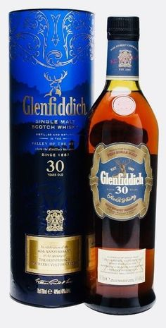 Glenfiddich 30 years old Single Malt Scotch Whisky. Whiskey Girl, Cigars And Whiskey, Scotch Whiskey, Irish Whiskey, Whiskey Bottle, Liquor Drinks, Bourbon Cocktails, Alcoholic Drinks, Bourbon Liquor