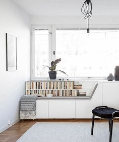 43 Cozy Nook Spaces Ideas With Couch You Love To Read