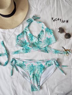 cfa00f3ccdd Beautiful handmade bikini with monstera pattern by Two and a Half Seams  Blog. #bikini #diywardrobe #handmade #sewing
