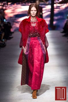 Alberta-Ferretti-Fall-2015-Collection-Runway-Milan-Fashion-Week-Tom-Lorenzo-Site-TLO (7)