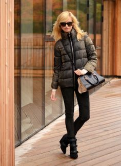 #CAMO #CAMOUFLAGE #CASUAL #ELEGANT #STREET #LOOK #MAN #LUXURY #BRAND #SUNNIES #VALENTINO #JACKET #MONCLER #GAMMEROUGE #BAG #TODS #PANTS #SHOES #ISABELMARANT #FASHION #TRENDY #CHIC