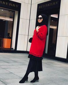 hijab fashion Walk In Bathtub, Hijab Fashion, Fashion Outfits, Womens Fashion, Bed Bugs Treatment, Beautiful Hijab, Hijab Outfit