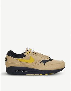 Nike Air Max 1 low-top textile trainers Air Max 1, Nike Air Max, Air Max Sneakers, Sneakers Nike, Nike Trainers, Sports Shoes, Product Launch, Textiles, Footwear