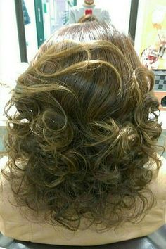 Best 25 Teased Curls Ideas On Pinterest Curls To The