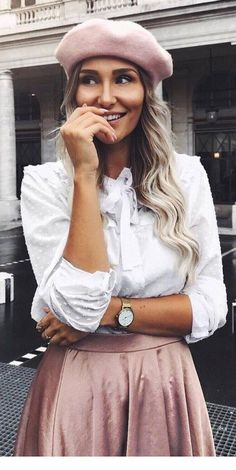 30 Fall Fashion Trends Copy Now - Outfit Ideas Summer Fashion Outfits, Fall Fashion Trends, Winter Fashion, Beret Outfit, Outfits With Hats, Blouse And Skirt, Classy Outfits, Street Style, Trending Outfits