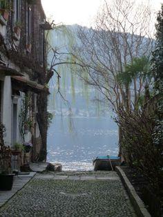 Lago D'Orta - Milan
