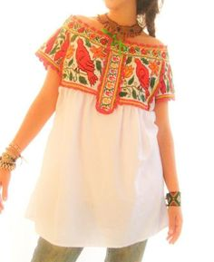 Vintage Mexico Juquila Birds peasant embroidered off shoulder unique blouson