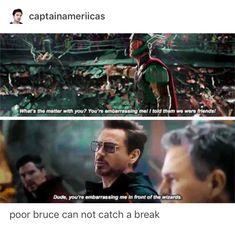 He's the avengers Toby Flenderson Funny Marvel Memes, Dc Memes, Marvel Jokes, Avengers Memes, Marvel Dc, Marvel Comics, Marvel Heroes, Captain Marvel, Captain America