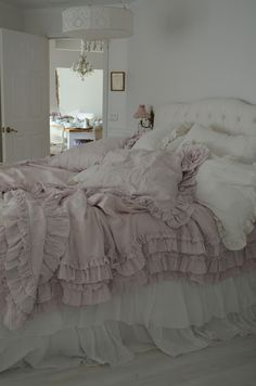 Simply me: Its Here!!! The Rachel Ashwell Petticoat Bedding in Pink! ***** damask shade