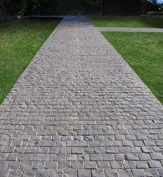 Cobblestone Driveway Pavers | Cobblestone driveway