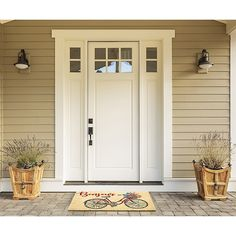 Craftsman style exterior white door Explore craftsman style home interior characteristics with pictures. Craftsman Style Front Doors, Craftsman Style Exterior, Modern Front Door, Front Door Design, Front Door Colors, White Front Doors, Farmhouse Front Doors, Wooden Front Doors, Home Front Door