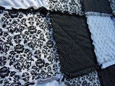 Black and white is a statement color combination for the bedroom and acts a neutral because you can other colors for accent. This California king rag quilt will dress up your bed, and its super comfy too! Use the drop down menu to choose just the quilt, or the quilt and 2 matching