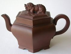 Yixing purple clay teapot, 18th century - Antiques | ArtListings