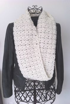B comme... Beige! Nouveau Snood crochet tuto gratuit, free french crochet pattern!