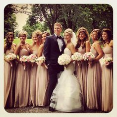 I love these colors for the bridesmaids dresses. With deep red roses. Classic.