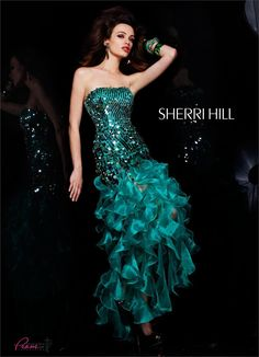 @Sherri Hill 2835 Strapless with ruffled skirt #Prom #Dresses #Formalaproach