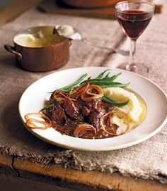 Braised venison with prunes, port and crispy onions - Delicious Cooking Venison Steaks, Venison Recipes, Slow Cooker Recipes, Cooking Recipes, Cooking Tips, Venison Meals, Venison Stew, Cooking Games, Roast Beef
