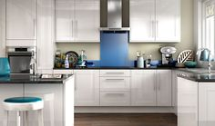 Wickes Atlanta White provides a modern take on the traditional shaker kitchen, combining classic lines with a clean, high gloss finish.
