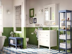 Fresh decor for this large bathroom by IKEA ~ #Marie-Paule-Lancup #beautiful-bathrooms