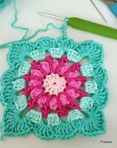 So pretty! Crochet Blanket Tutorial