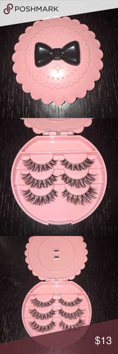 100%Mink Handmade Human hair Eyelashes Comes with cute pink bow tie eyelash case! 100% handmade Mink Human hair. Size in WSP gives you that natural extension effect! ;) Reusable up to 3 weeks. Makeup False Eyelashes