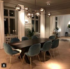 47 Trendy Dining Room Designs Ideas You Cant Miss Out - When considering dining room design in your home, you primarily have the décor and furniture to consider. These factors will largely be influenced by . Dining Room Lamps, Dining Room Design, Living Room Decor, Dining Table Lighting, Dining Room Blue, Luxury Dining Room, Dining Decor, Lamp Table, Decor Room