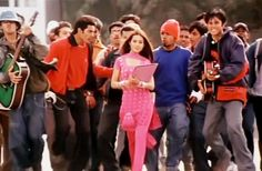 635973435058874240711615606_tumse-milke-dil-ka-jo-haal_main-hoon-na.gif (750×490) Main Hoon Na, Maine, Culture, Indian, Indian People