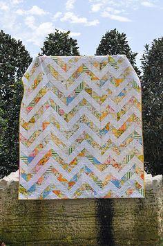 Vintage Sheet ZigZag Quilt | vintage modern quilts