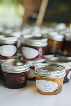 Jam Wedding Favors|A Pretty Early Fall Wedding with Southern Charm|Photographer: Brandy Angel Photography
