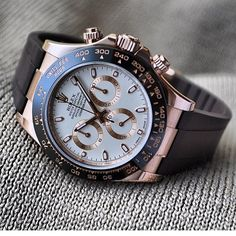 Everose Rolex Daytona on RubberB strap via @Anton_Gloria | #LoveWatches