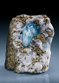 Euclase on Pyrite with Calcite