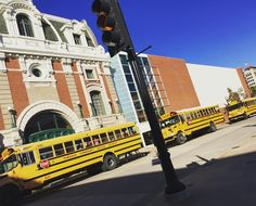 Traveling in downtown #Dubuque today? The #FiveFlagsTheater has a school event until about 1PM today. Buses will be loading and unloading until then so please consider Taking an alternate route! Thank you for your patience.