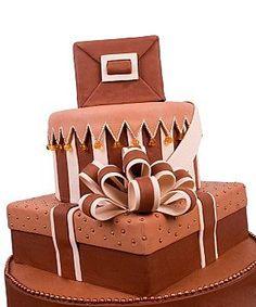 Давайте теперь рассмотрим способы и техники, при помощи которых можно пустить моделирующий шоколад в дело и создать 2D и 3D украшения для десертов