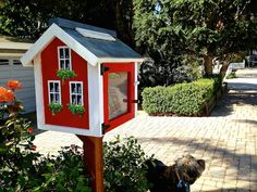A Little Free Library Opens In Manhattan Beach   HomeJelly