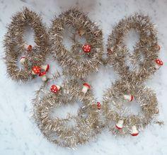 Tinsel - 5 x Tinselkette mit Babypilzen aus Watte um 1940 - ca 6 m (# 3621) in Sammeln & Seltenes, Saisonales & Feste, Weihnachten & Neujahr | eBay