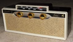 Vintage Silvertone All Transistor Cordless AM Band Radio, Model 19, Made In USA, Battery Power Only, Circa Late 1950s.