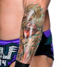 Los 50 Tatuajes Más Cool en la Historia de WWE: fotos