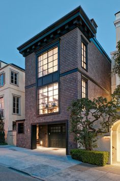 Architecture House Brick New house brick exterior modern dream homes Ideas Traditional Exterior, Modern Exterior, Exterior Design, Modern Garage, Modern Loft, Exterior Paint, Custom Home Builders, Custom Homes, Townhouse Designs